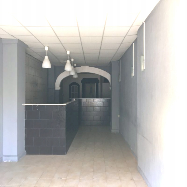 Vente Immobilier Professionnel Local commercial Aubagne 13400